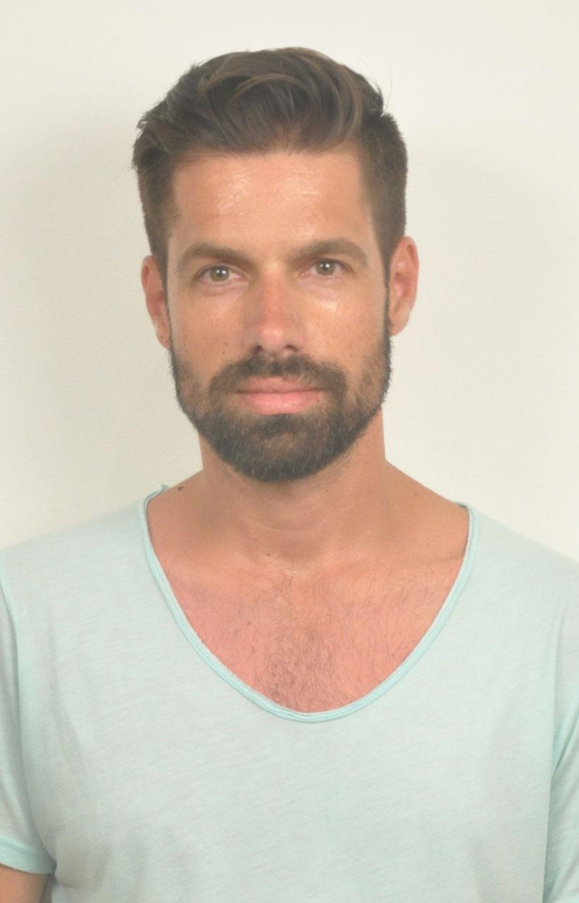 Yiannis Paraschos
