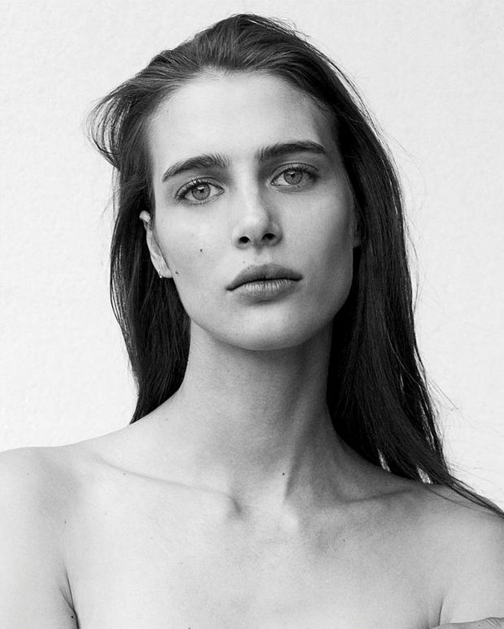 Claire De Regge
